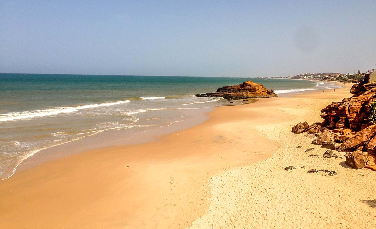 La plage de Toubab Dialaw