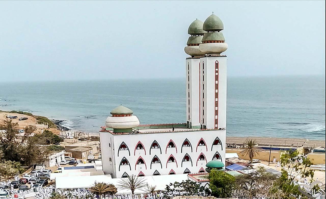 La Mosquee de la divinité à Dakar