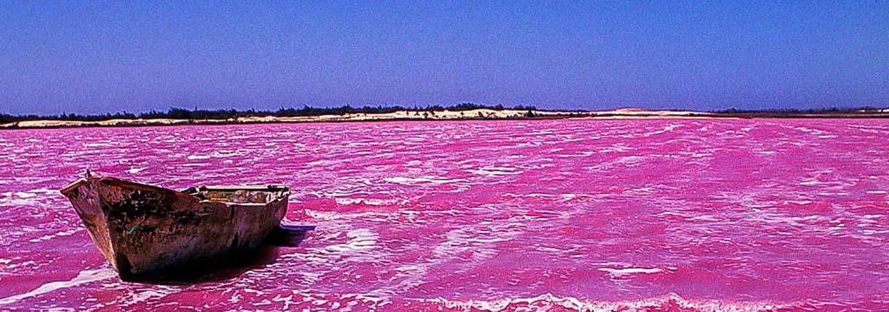 Lac rose au Senegal